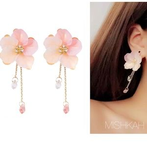 Just In🌸Flower Drop Chain Crystal Earrings